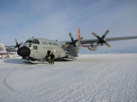 Herc on snow closer-2009