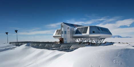antarctic-station2